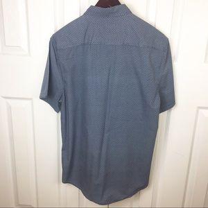 Calvin Klein Shirts - CALVIN KLEIN L Button Casual Short Sleeve Shirt